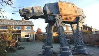 Fans make huge AT-ACT model